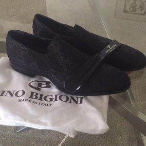 MOVING SALE! NWOT Dino Bigioni dress shoes